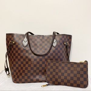 Louis Vuitton 13 x 12 x 7 ebene